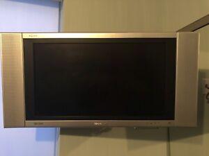 """Sharp 26"""" LCD 720P"""