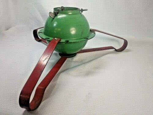 METAL Mcm  RED & GREEN CHRISTMAS TREE STAND HOLDER ROUND BALL BASE