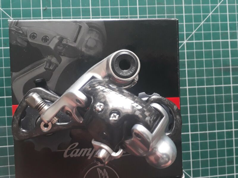 Campagnolo Record Titanium rear Mech Medium New In Box