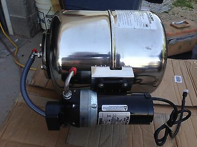 Flojet Water Booster Pump W Tank 4 Gallon