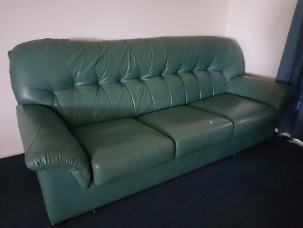 3 seater + 2 armchairs