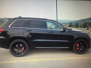 Jeep SRT aftermarket rims and tires