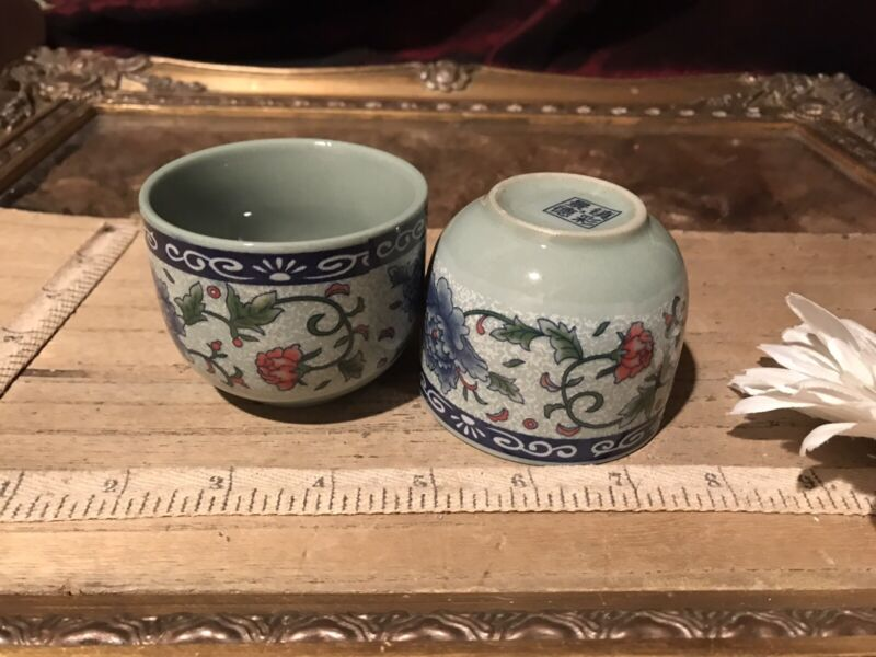 "2 Asian Porcelain Blue & Grey Floral w/Vine Design Tea Cups 2 5/8""x2 1/8"""