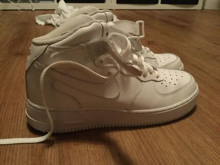 Used authentic Air Force 1 Mid all white