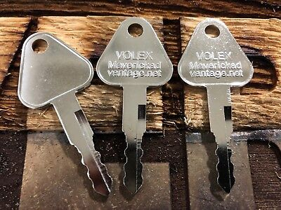 3 Keys For Volvo Samsung Excavator Ignition Key 14529178 7773