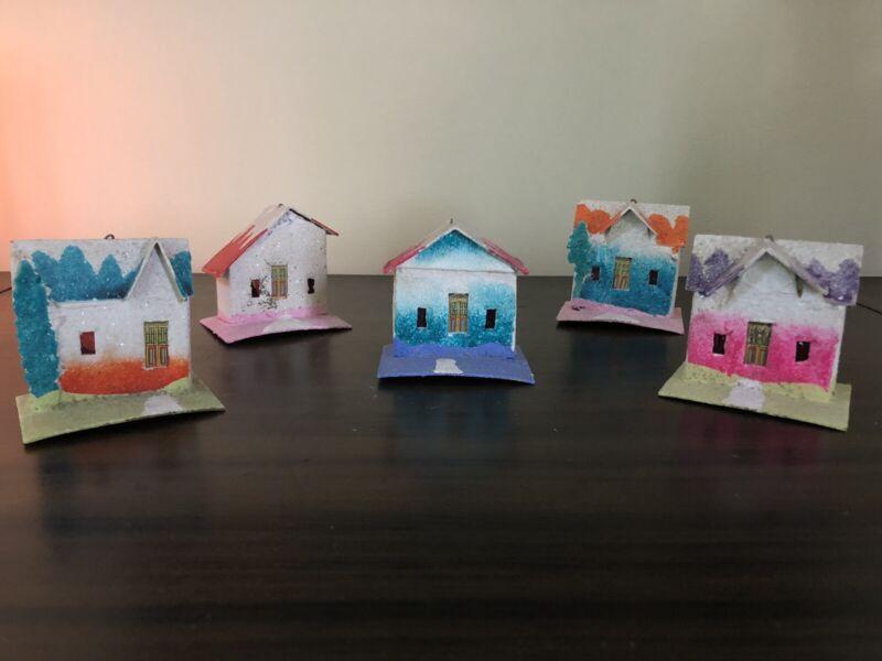 "Lot of 5 VINTAGE 1930s CHRISTMAS JAPAN CARDBOARD PUTZ HOUSES ""Haciendas"""