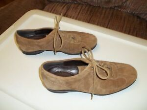 Womans Rockport Casual Shoes.