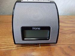 iHome iH110 Alarm Clock Speaker Radio 30-Pin Docking Station iPod iPhone