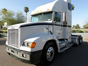 2000-Freightliner-FLD-112-with-condo-sleeper