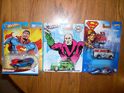 Hot Wheels Superman Set