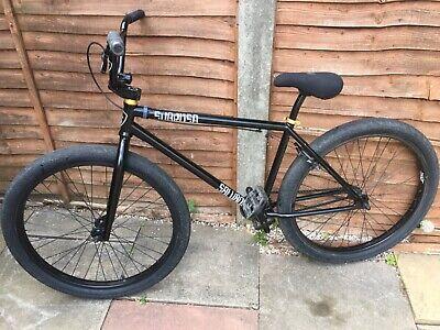 subrosa salvador 2021 bmx 26inch black and gold - wheelie bike