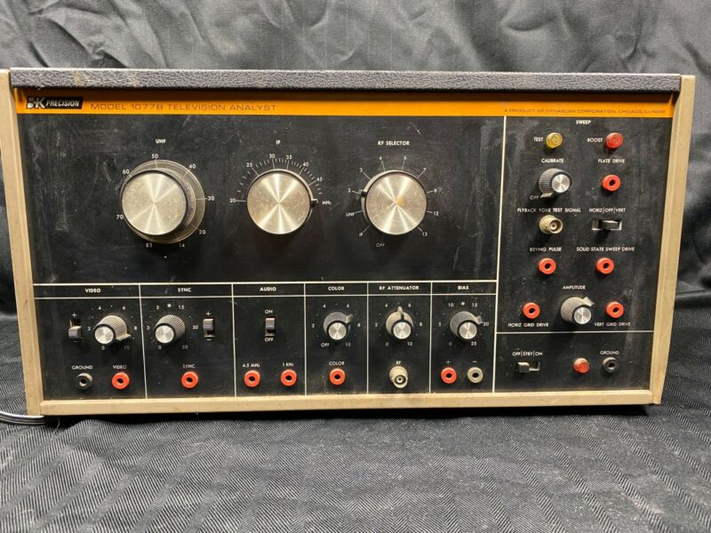VTG Dynascan Corporation  B+K Precision Television Analyst Equipment Model 1077B