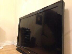 Sony BRAVIA  LCD HDTV  40 inch