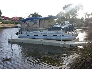 Pontoon Boat Dry docking system. Floating dock, Drive on dock. Mandurah Mandurah Area Preview