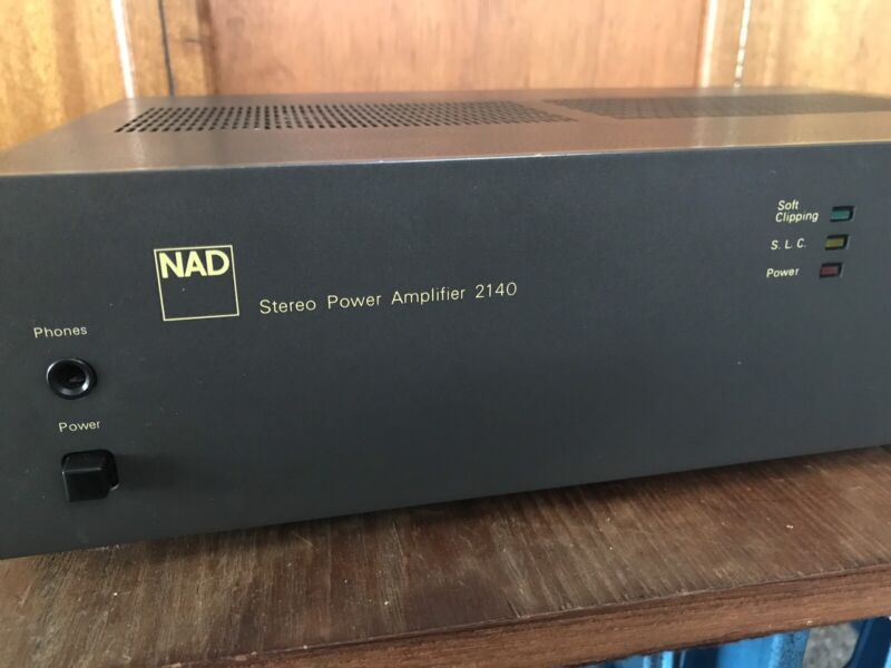 Vintage NAD 2140 stereo power amplifier | Stereo Systems