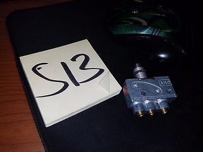 Manual Air Control Valve Aro 214-2-c