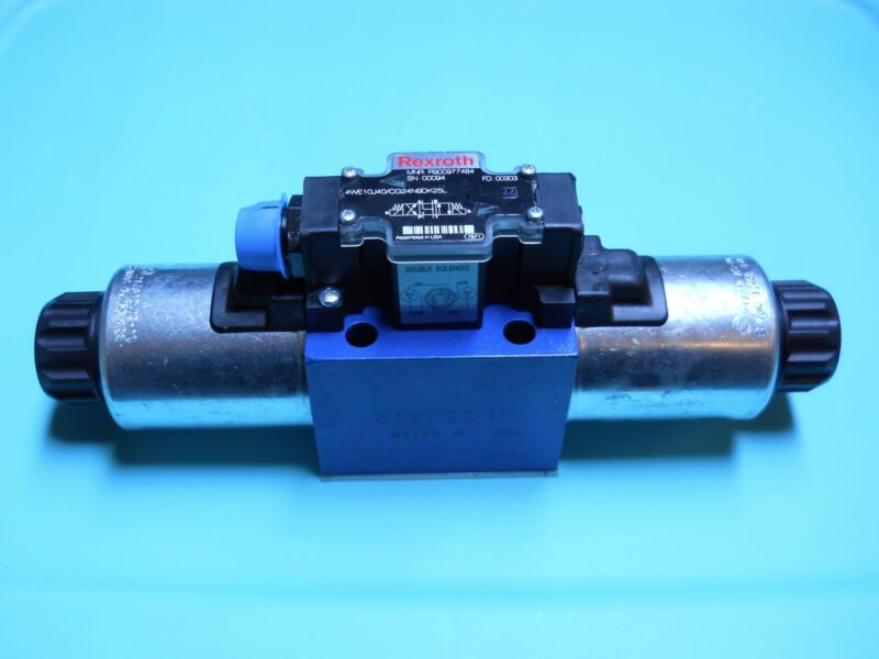 REXROTH R900977484 DIRECTIONAL CONTROL VALVE 4WE10J40/CG24N9DK25L NEW NO BOX
