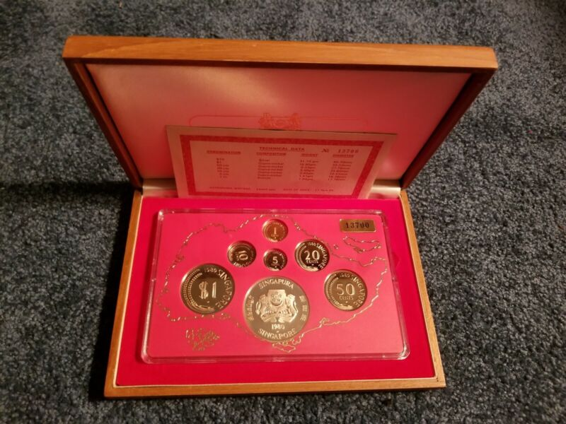 Singapore Proof Set - 1980 - Includes Silver $10 - Original Box & COA