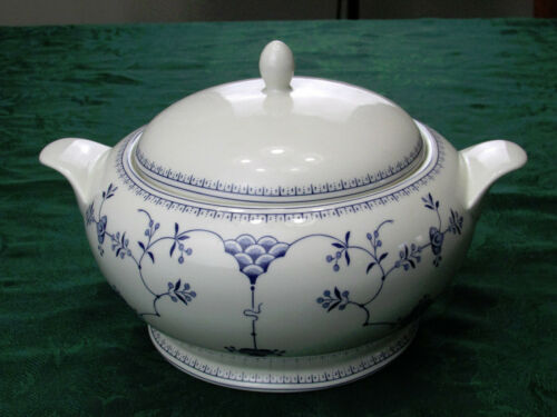 Churchill Finlandia soup tureen bowl  with cover