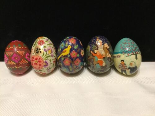 """Lot of 5 Wood Wooden Lacquer 2 3/4"""" Painted Decorative Eggs  (MM9)"""