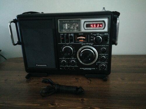 Panasonic  FM-MW-SW 5 Band Receiver Model #RF-2800 , Good Condition.