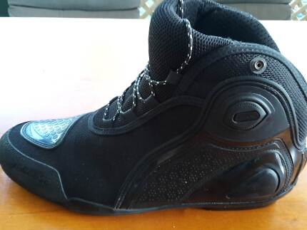 DAINESE Motorcycle boots (ankle height), black, size 46