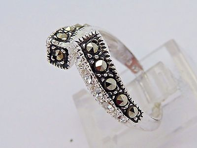 .925 Sterling Silver Clear CZ & MARCASITE Twist Band Ring Size 5.5