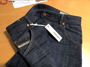 DIESEL KROOLEY JEANS W31 L34 - NEW WITH TAGS