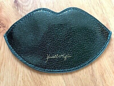 Kendall & Kylie Jenner Lined Zip Purse-Full Lip Shape,Faux Leather inc.Gold Logo