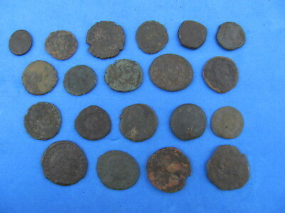 Fantastic Lot o f  20  Roman Bronze Coins - Imperial and Provincial !!!