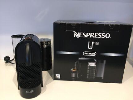 DeLonghi U Milk Nespresso Machine - Pure Black - Immaculate