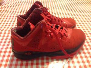 NEAR NEW Adidas Basketball Shoes Hamilton Hill Cockburn Area Preview