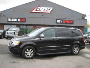 Chrysler Town & Country 2010