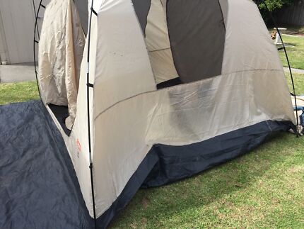 6 person tent & AUSTRACK 2.2m 4 x Person XL SUPERIOR ROOFTOP TENT INCLUDING FULL ...
