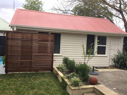 Granny Flat/Bungalow for rent - exc location and beautiful rooms.