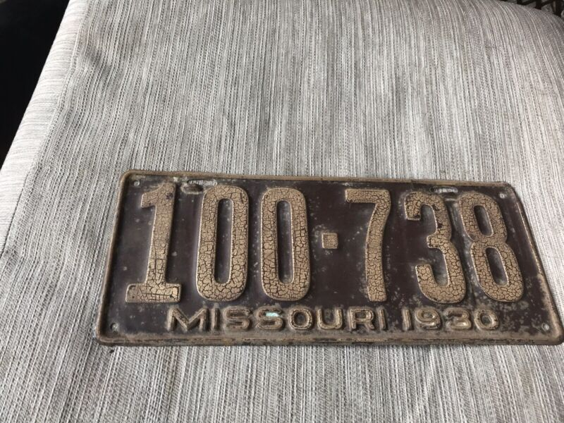 1930 MISSOURI LICENSE PLATE 100 738