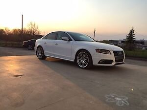 2010 A4 S-Line 6 Speed Standard!! No accidents!!