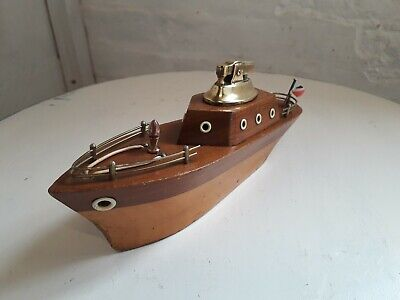 Vintage - Wooden Yacht - Ship - Table Lighter - VGC