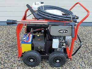 As New Unsued Spitwater HP15-210DE diesel pressure washer Wakerley Brisbane South East Preview