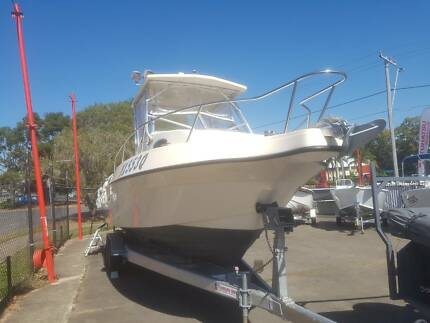 25ft Seamaster Walkaround (28ftloa) w/ 2016 twin 150hp 4strokes
