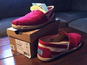 Size 6.5 Toms