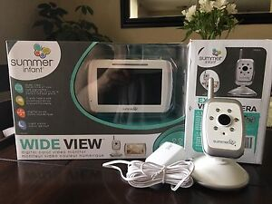 Summer Infant Wide View Digital Color Baby Monitor & 2nd Cam