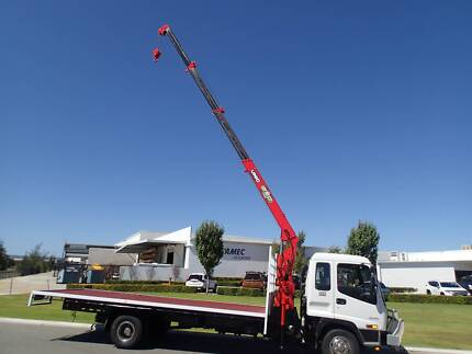 Isuzu FRR 525 Long Traytop fitted with a 3 Tonne Unic Crane.