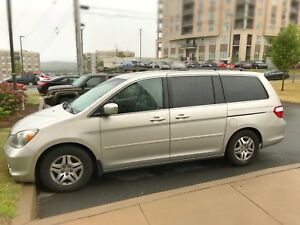 2007 Honda Odyssey EX-L fully loaded leather and sunroof