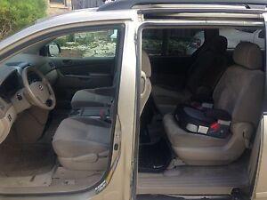 8 seat Toyota Sienna LE London Ontario image 1