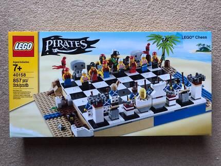 Lego Pirates Chess Set - 40158 - BNSIB