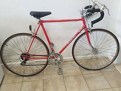 c6cde85ee6d 1981 SCHWINN TRAVELER VINTAGE Bicycle 10 Speed RED 27 1 1/4 Wheels
