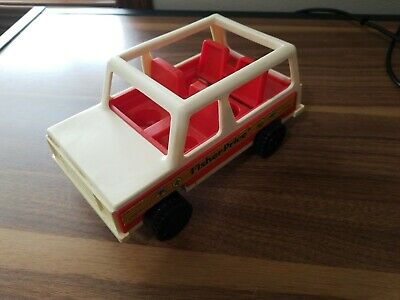 Vintage Fisher Price Little People #992 Wagon Jeep Car 1979