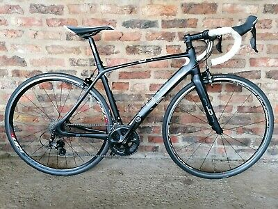 Orro Aira Full Carbon Road Bike Shimano 105 Groupset