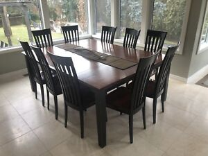 Large kitchen table and Chairs Custom Made. NEW PRICE